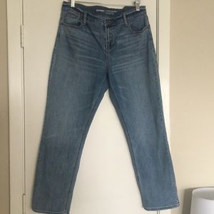 Old Navy Mid-Rise Perfect Straight Jeans size 10